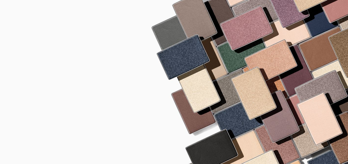 Blend and build your way to new looks with the new Mary Kay Chromafusion™ Eye Shadow.